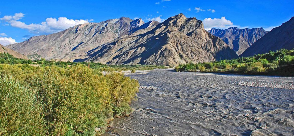 Suru River in Suru Valley, Leh Ladakh